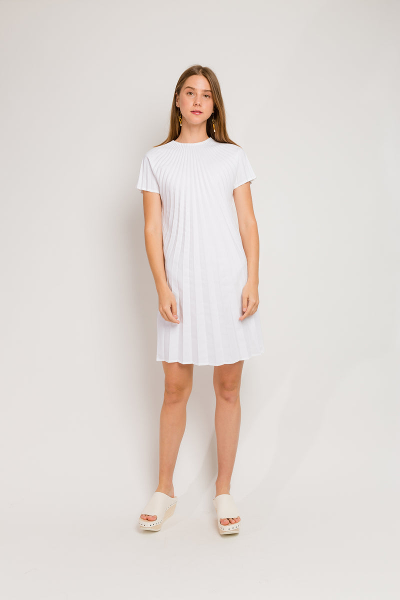 white v-neck short sleeve dress