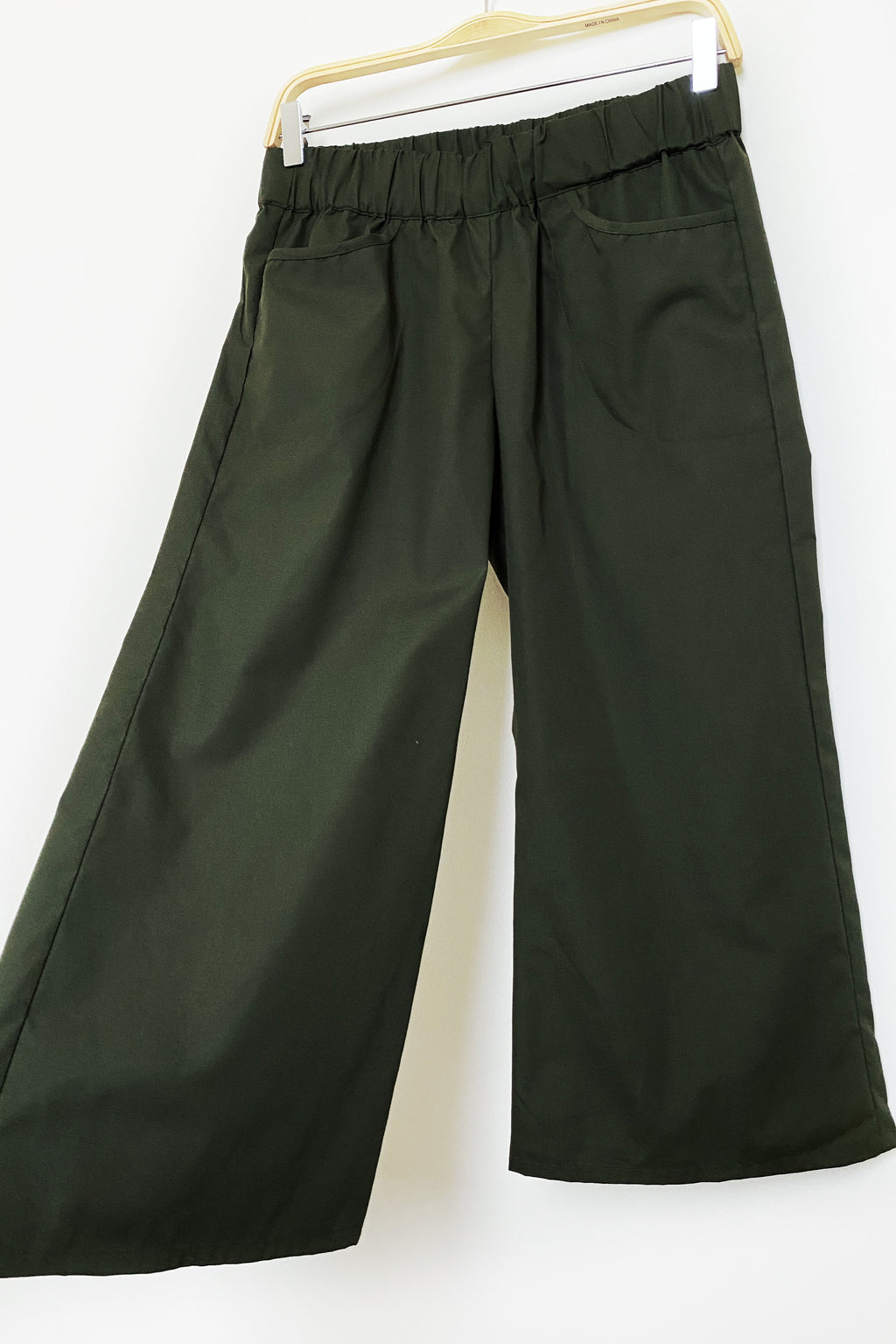 Kelly Pants in Olive Poplin