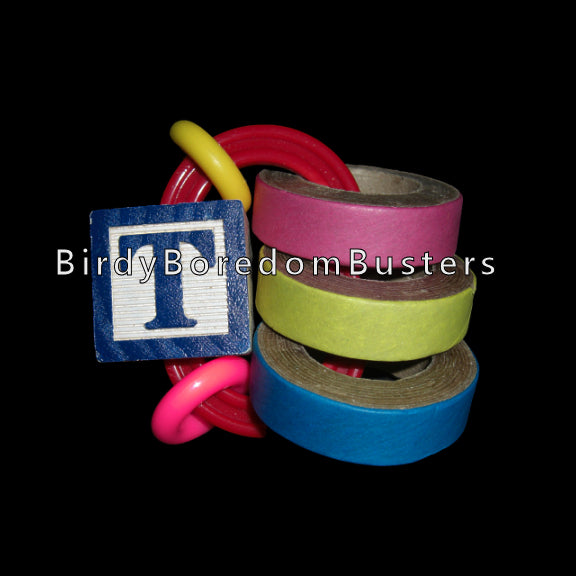 Chubby bagels, acrylic rings and an ABC block on a plastic link. The link can be refilled once the bagels are gone. Designed for medium and large parrots.   Measures approx 2-1/2
