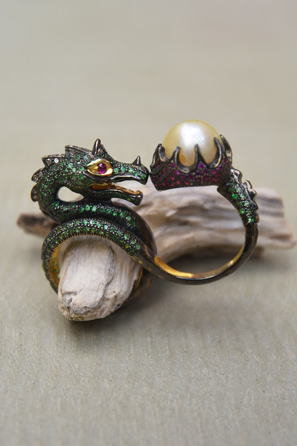 Bague Dragon by AVA Precious Goods