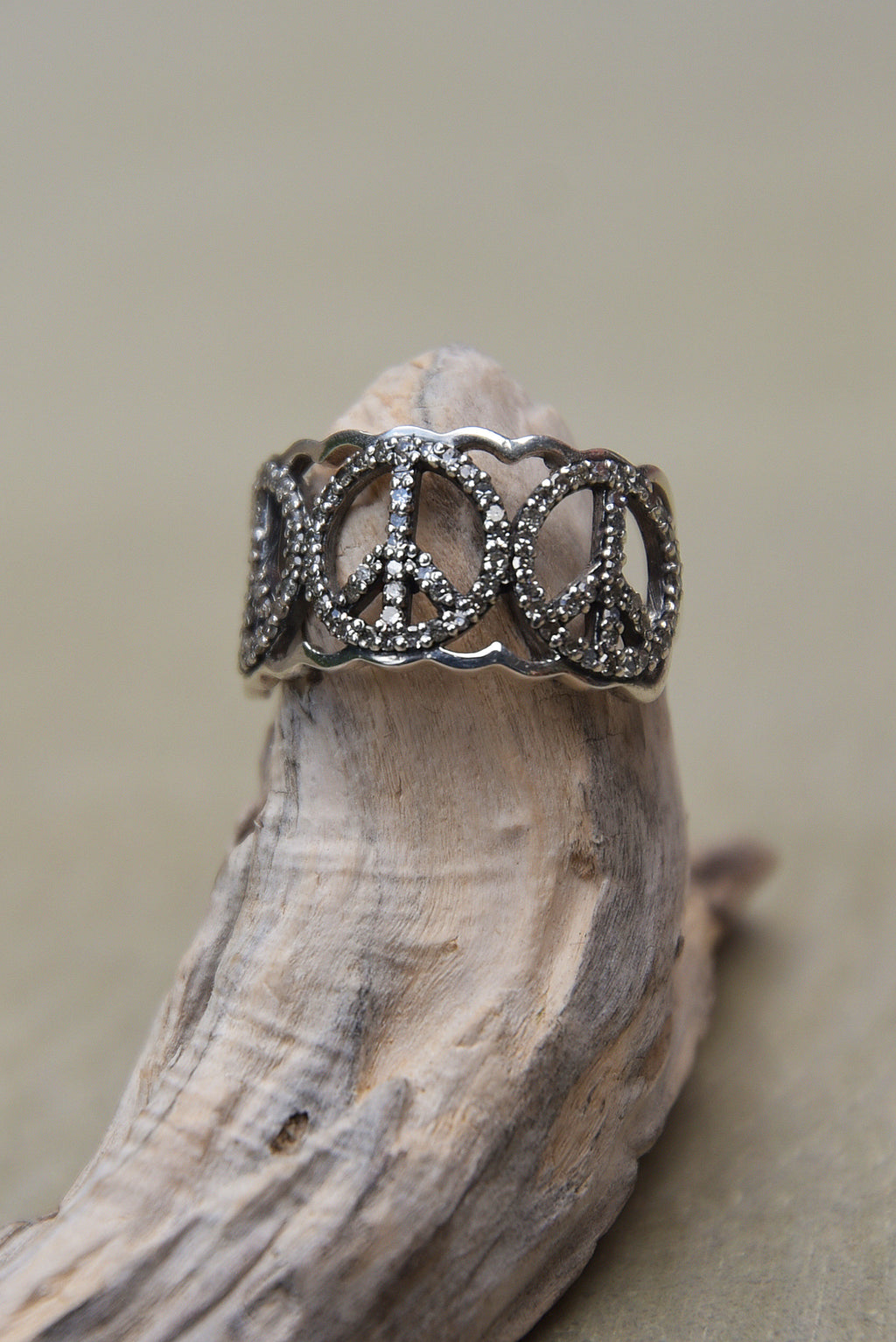 Bague Peace and Love by AVA Precious Goods