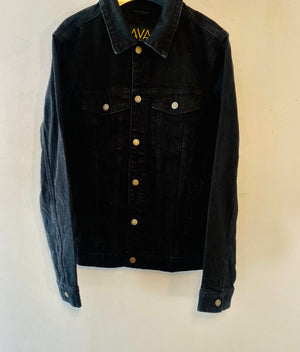 Veste en jean customisé homme by AVA Precious Goods