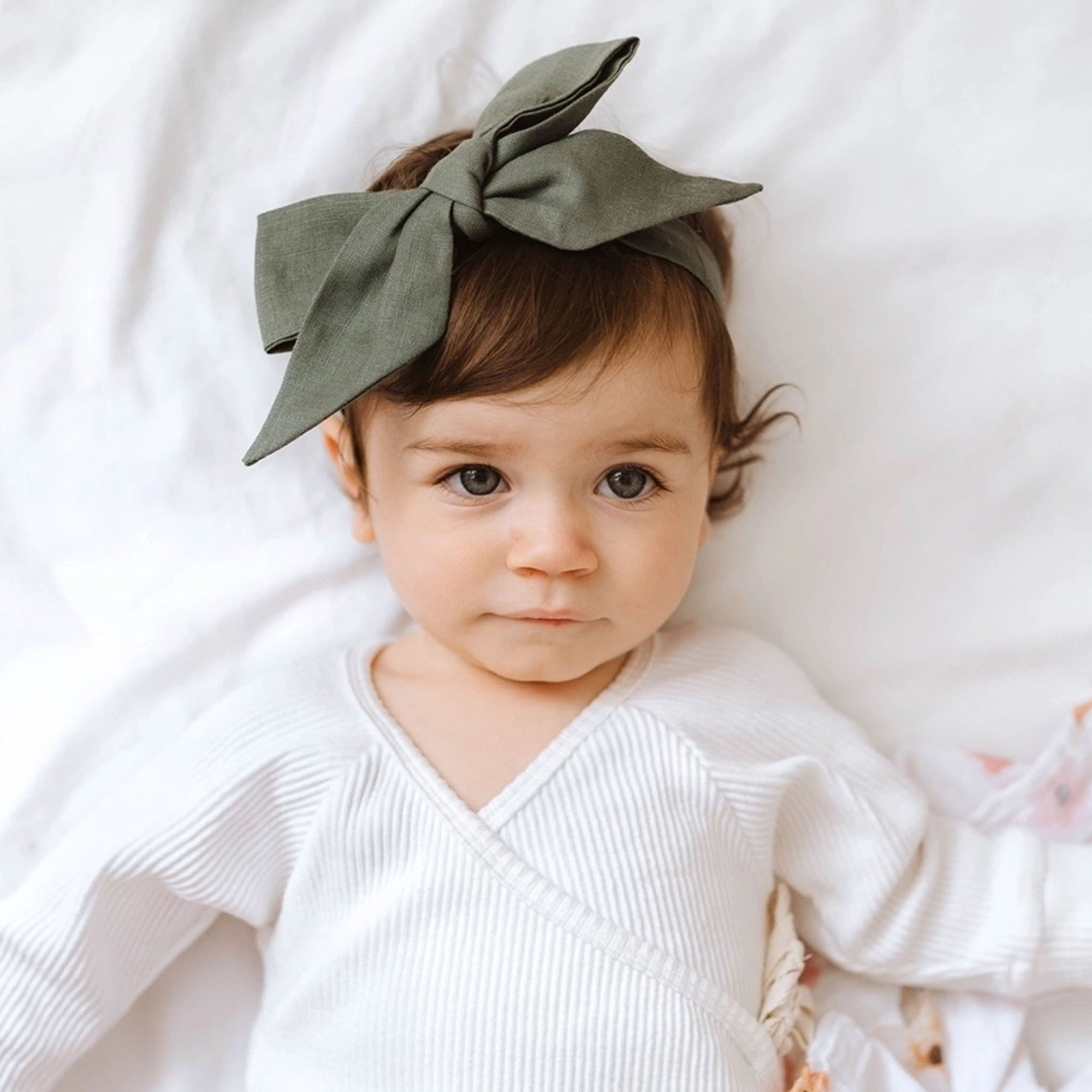 Snuggle Hunny Kids Linen Bow Pre-Tied Headband Wrap - Dusty Olive