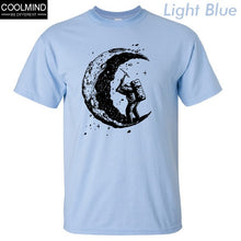 Load image into Gallery viewer, Cotton digging the moon print men T-shirt
