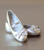 L'Amour Girls Silver Leather Scalloped Bow Ballet Flat