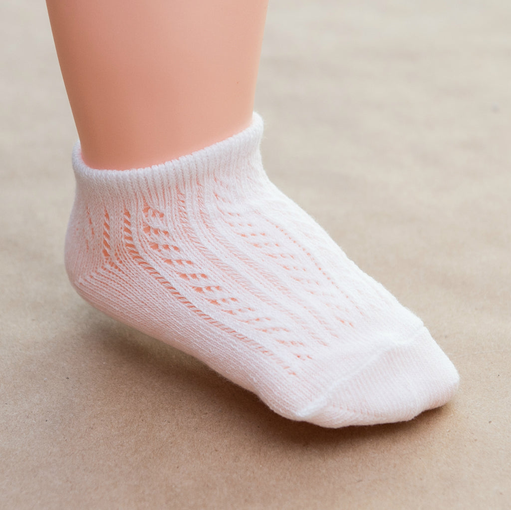 Baby Girls White Crochet Ankle Socks - Petitfoot.com