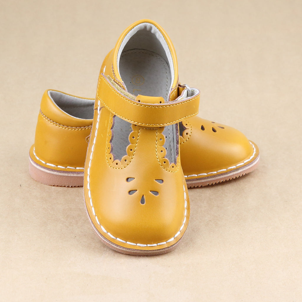 L'Amour Girls Toddler Vintage Inspired Scalloped T-Strap Stitch Down Mary Jane - Petitfoot.com