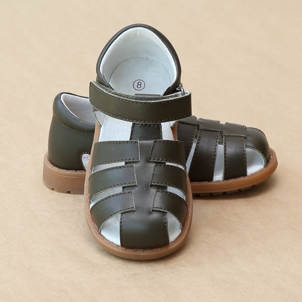 Toddler Boys Classic Khaki Leather Fisherman Sandal - Petitfoot.com