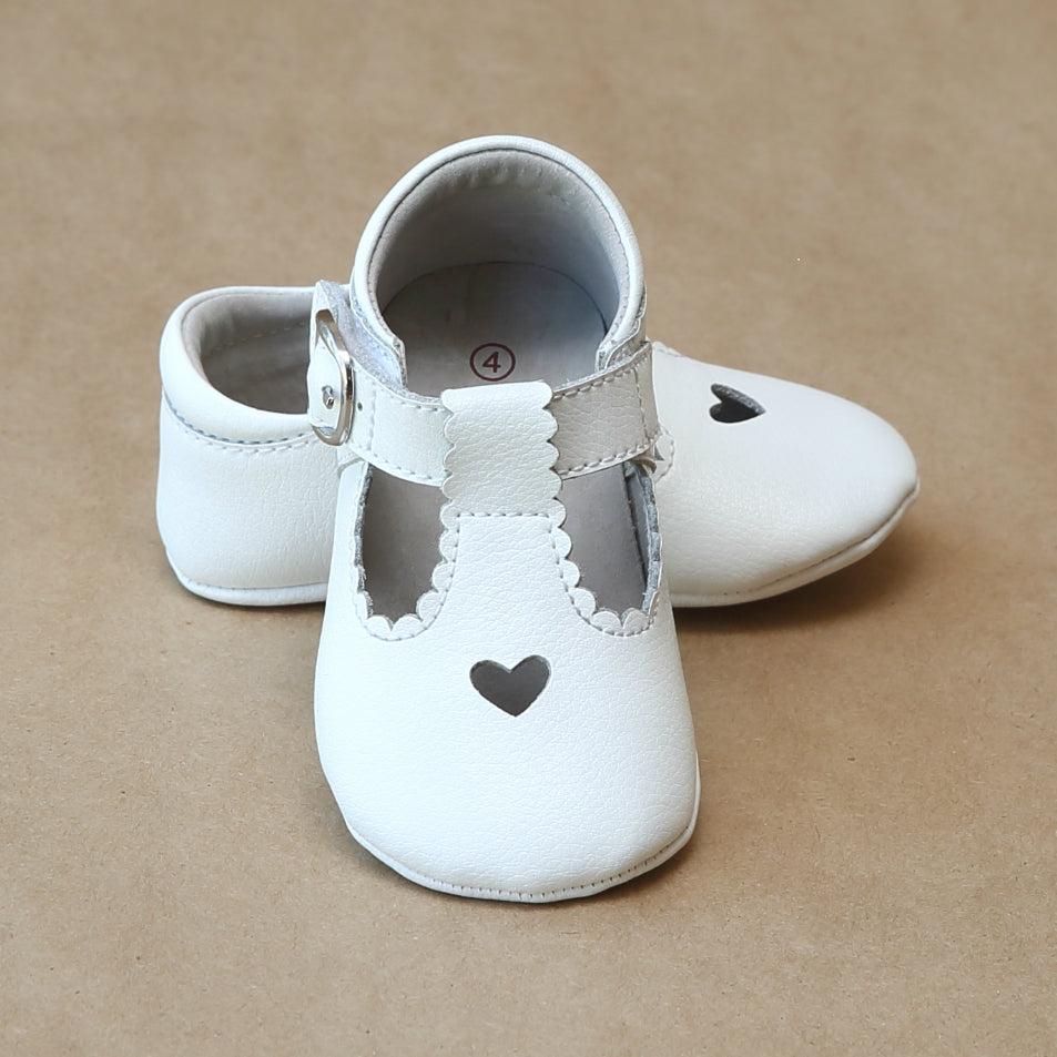 Baby Girls Leather Heart Crib Scalloped Mary Jane in White Leather by L'Amour - Petitfoot.com