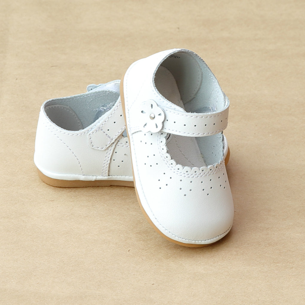 Angel Baby Girls White Scalloped Mary Janes - Petitfoot.com