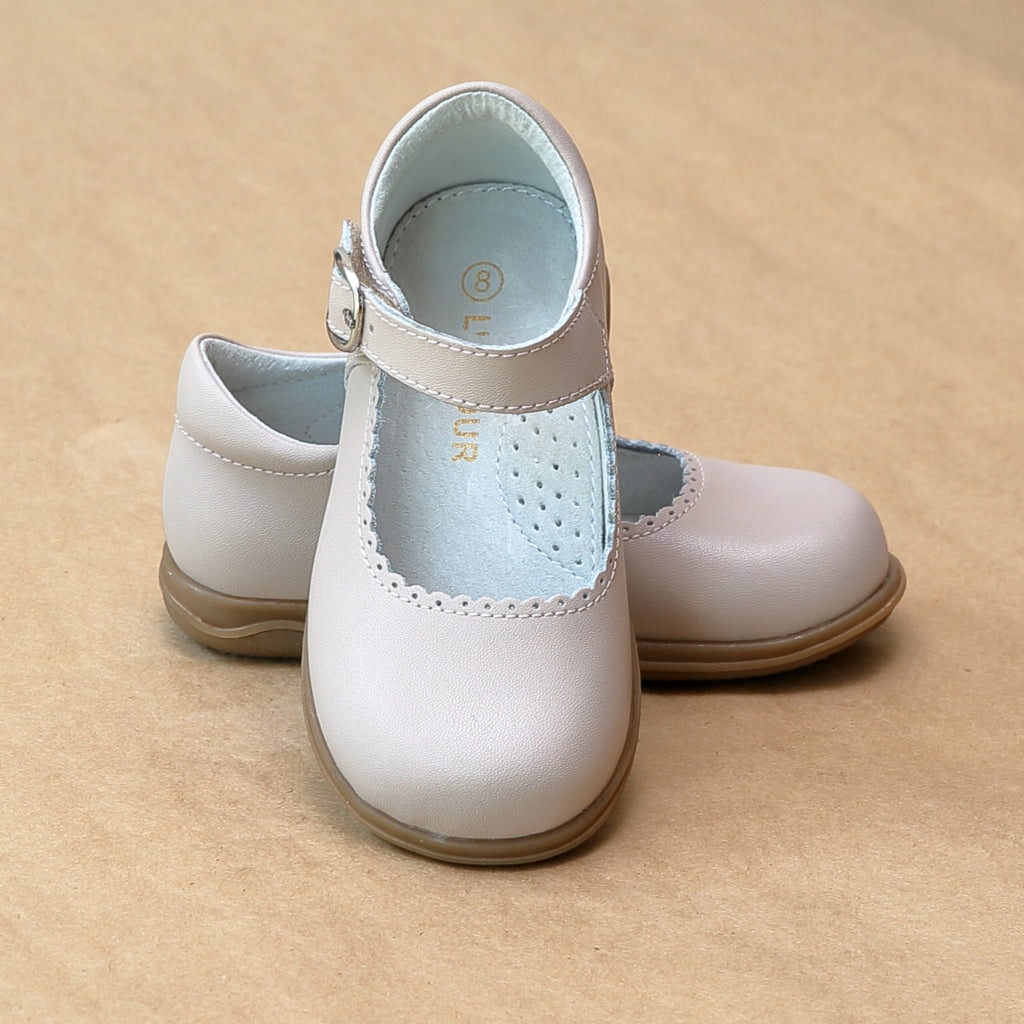 Classic Girls Almond Scalloped Trim Leather Mary Jane - Petitfoot.com