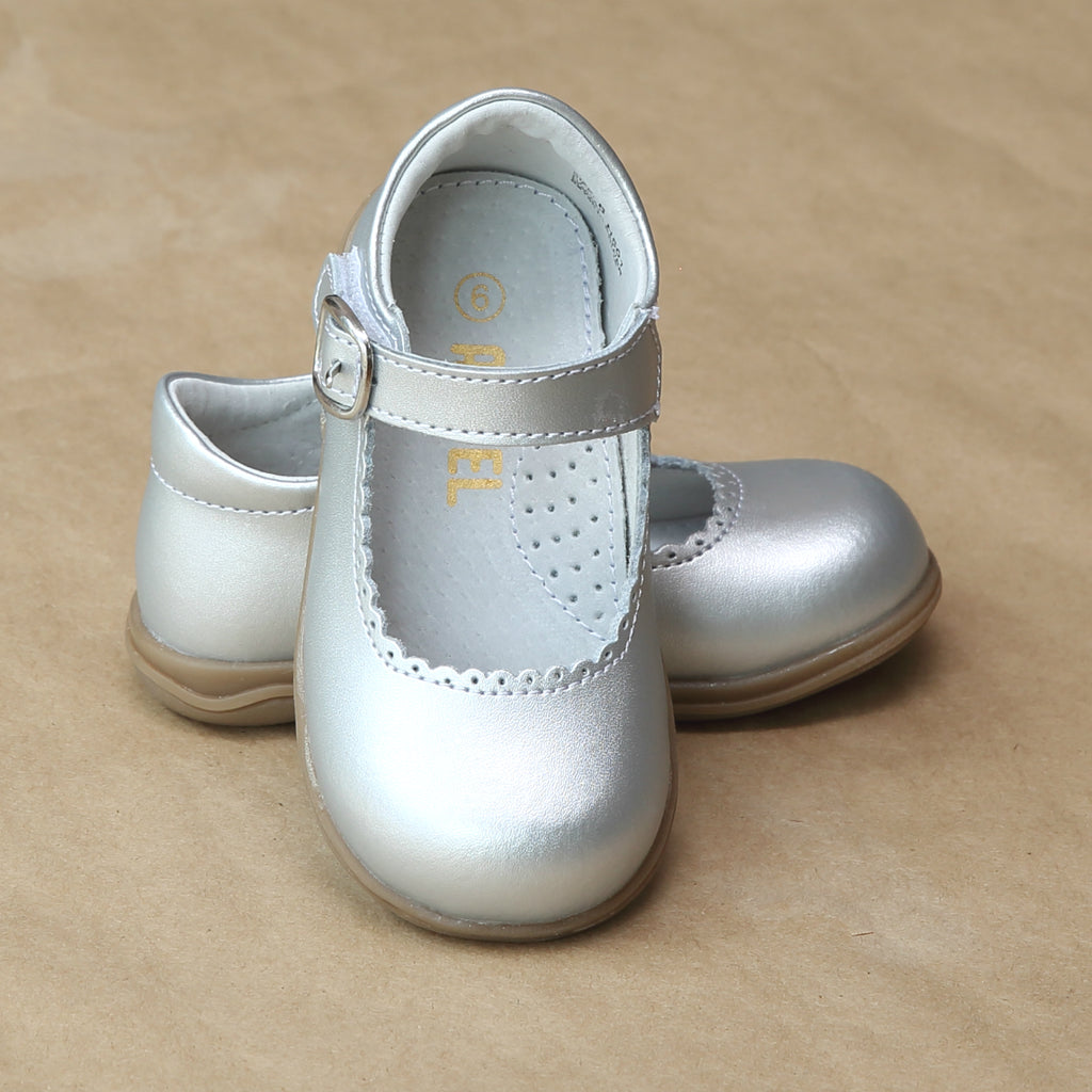 Angel Girls Silver Scalloped Trim Leather Mary Jane - Petitfoot.com