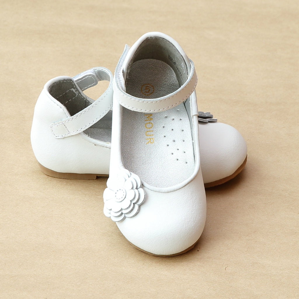 L'Amour Girls Special Occasion White Flower Flat - Petitfoot.com