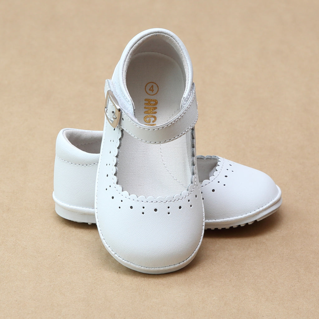 Angel Baby Girls Scarlett White Scalloped Mary Janes - Petitfoot.com
