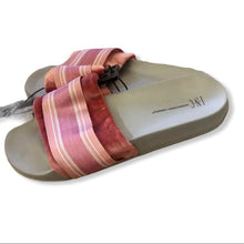 Load image into Gallery viewer, INC International microvelour slide slippers - Pale Ale Boutique