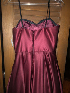 Brand new With Tags Size 4 Burgundy Prom Dress - Pale Ale Boutique