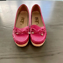 Load image into Gallery viewer, Fuchsia Slip on comfort shoes - Pale Ale Boutique
