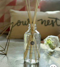 Load image into Gallery viewer, Sea & Lavender Reed Diffuser - Pale Ale Boutique
