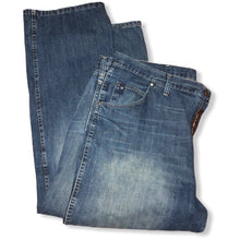 Load image into Gallery viewer, Wrangler Style 23 Men's Jeans - Pale Ale Boutique