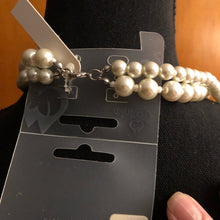 Load image into Gallery viewer, Beautiful Double Strand Pearl Necklace - Pale Ale Boutique