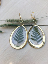 Load image into Gallery viewer, Fern statement earrings