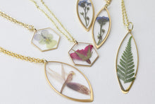 Load image into Gallery viewer, Rock Fern Necklace