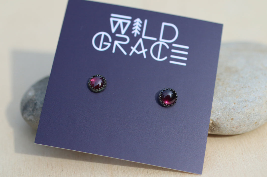 Garnet silver stud earrings