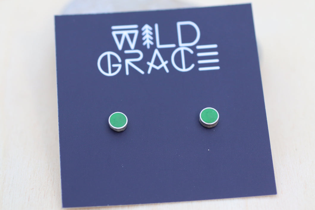 Grass green silver stud earrings