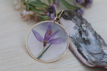 Load image into Gallery viewer, Idaho Blue Eyed Grass Flower Necklace