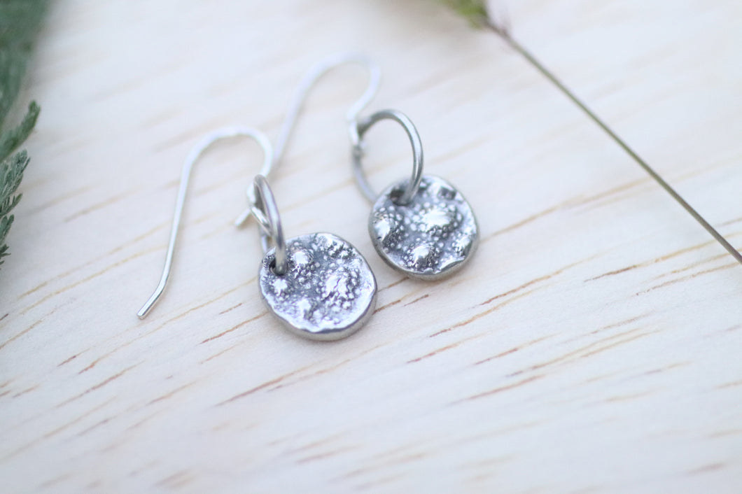 Romensco patterned silver drop earrings