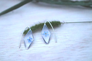 Forget me not diamond shaped earrings