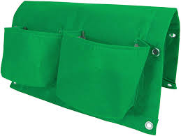 Garden care made easy with Bloombagz 8L herb, shrub and flower saddle bag planter with option to hang. Use indoor or outside gardens for lush plants all year round. Perfect landscape gardening for small spaces. Can also be used as a storage solution. Environmentally friendly made out of 100% recycled materials. Promotes growth of healthy roots and happy plants.