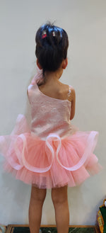 Load image into Gallery viewer, Whimsical Peach party Dress