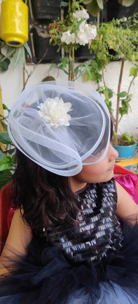White Fancy Fascinator