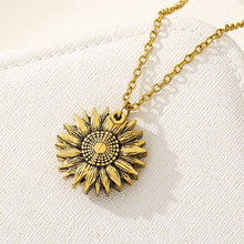 Load image into Gallery viewer, Sunshine Flower Necklace