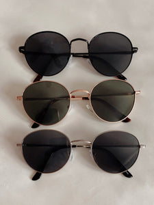 Signature Sunnies