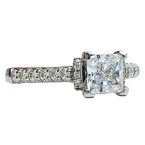 1.00 ctw Diamond engagement ring w/ 0.60 CT
