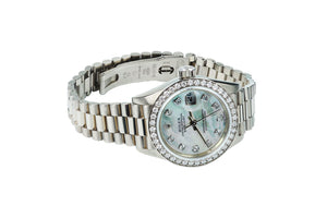 Ladies Rolex Presidential Daydate 69179 18k White Gold Timepiece with Diamond Bezel and Dial