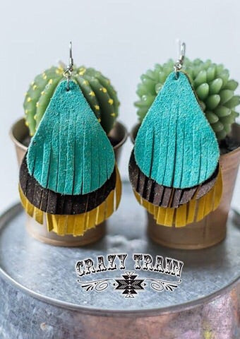 TRES LECHES EARRINGS - MUSTARD