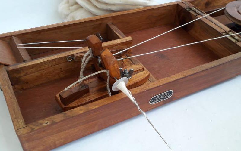 Box Charkha- Spinning Wheel - Spinning wheels - indic inspirations