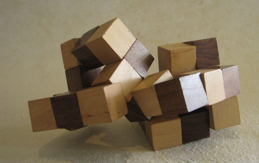 SNAKE CUBE PUZZLE - puzzles - indic inspirations