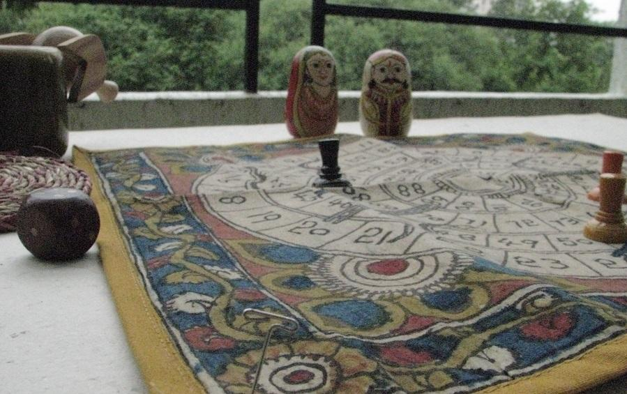 SNAKES & LADDERS - Games - indic inspirations