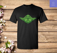 Baby Yoda Clover Face St Patrick's Day Graphic T-Shirt - Teetaho