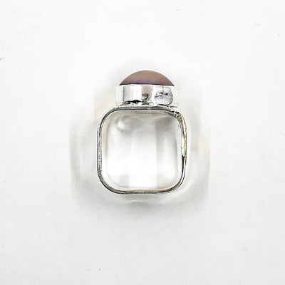 over top view of size 9.5 Sterling & 24k Crotch Hugger Ring with Gray Pink Mabe Pearl by Judie Raiford