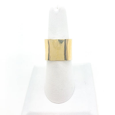14k Gold Square Stovepipe Ring by Judie Raiford in size 9 on white ring display stand