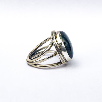 right side view of size 9 Labradorite Ring by Berlin Randall