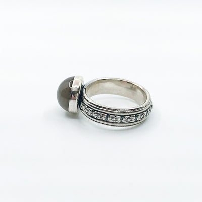 left side view of size 6 Sterling Gray Moonstone Ring by Berlin Randall
