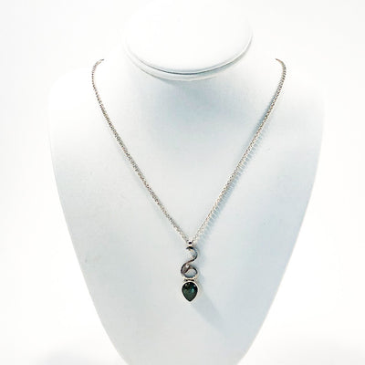 Labradorite Necklace by Jill Sharp displayed on white display bust