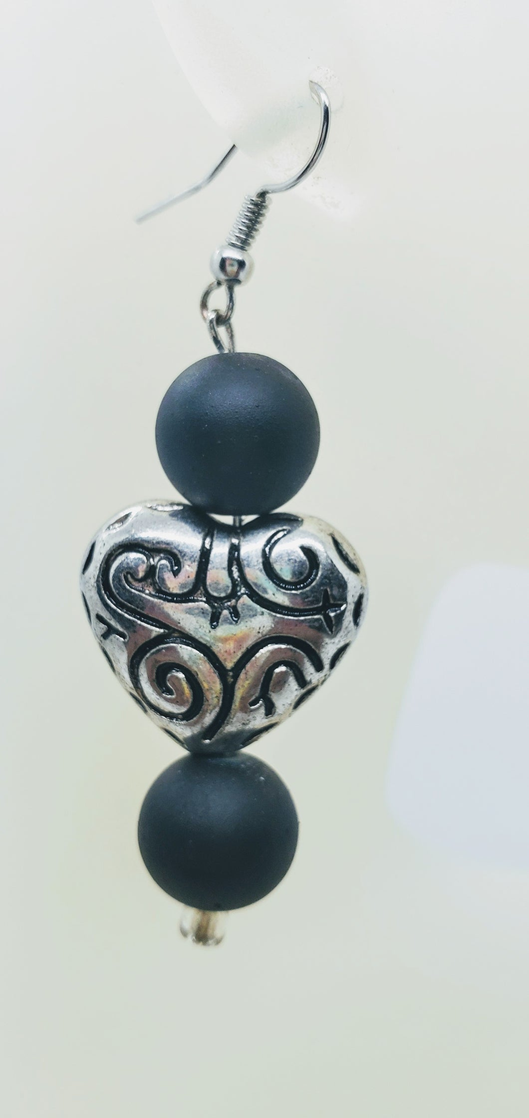 Artisan etched heart with black matte bead earrings