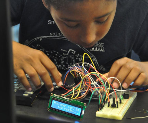 Introduction to Arduino (6th - 9th grades)